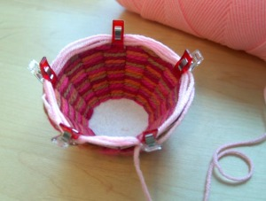 Basket  with wonder clip