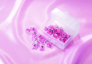 3167 Pink Wonder Clips (OOP)