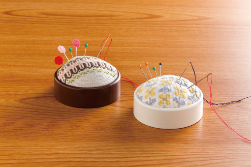 image_create-a-pincushion_brown&ivory_WEB