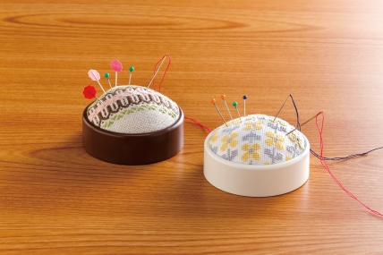 image_create-a-pincushion_brown&ivory